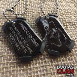 Dog Tag Lobo uivando modelo phantom